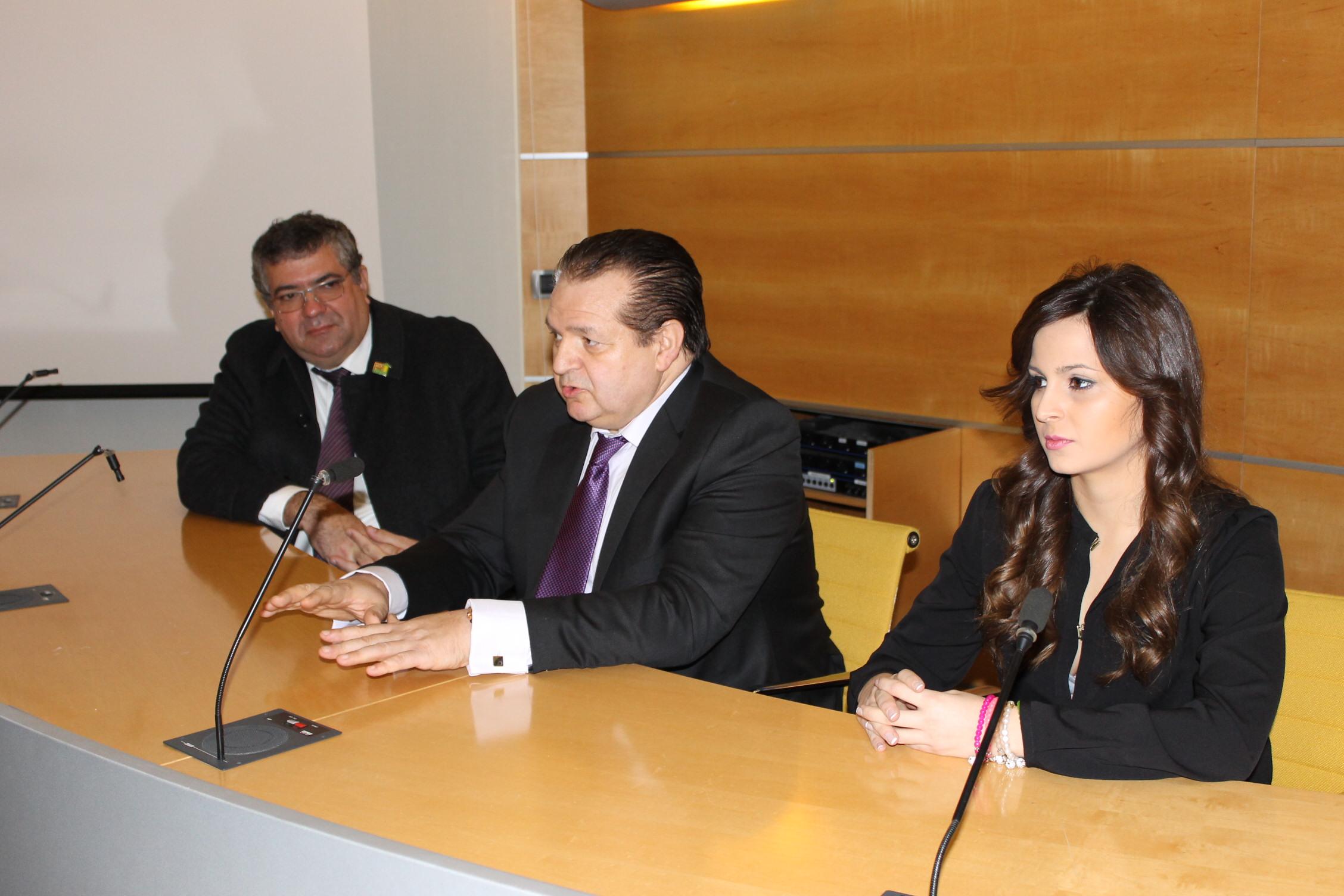 INDUSTRIALES BRASILEÑOS DE LA MADERA SE REÚNEN EN FIMMA-MADERALIA CON EL PRESIDENTE DE LA ASOCIACIÓN NACIONAL DE FABRICANTES DE PUERTAS