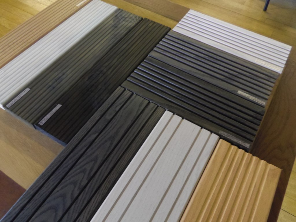 Maderas garc a varona presenta el deck roble para exterior - Maderas tropicales para exterior ...