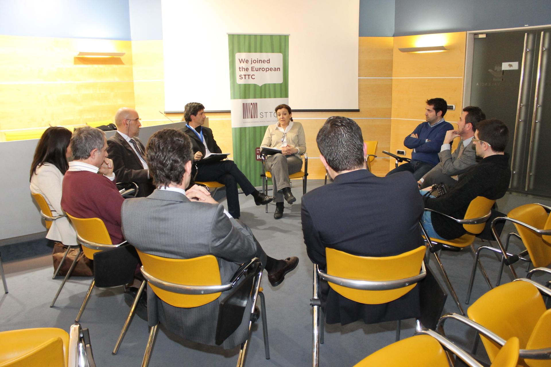 Copade promueve el comercio justo en Maderalia Selección