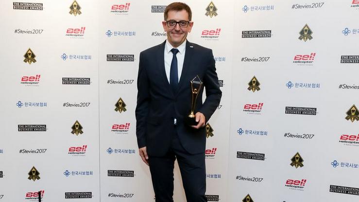 La nueva web de HOMAG recibe el Premio Stevie Oro