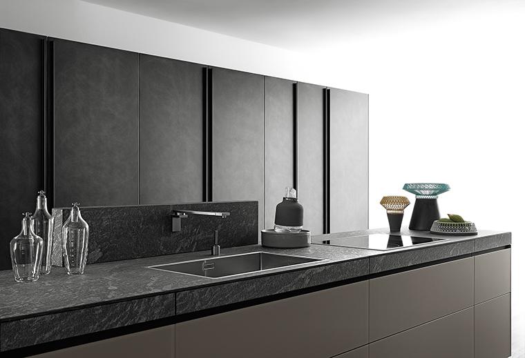 Valresa: el renacer hogareño en una cocina expandida