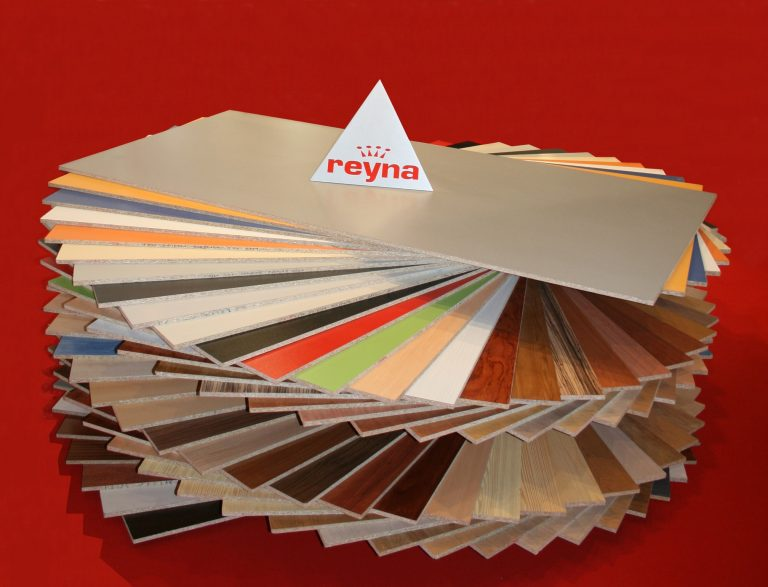 Nuevos diseños de melamina de Fabricados Reyna S.A. en Maderalia 2020